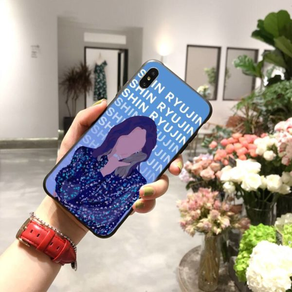 itzy iphone case