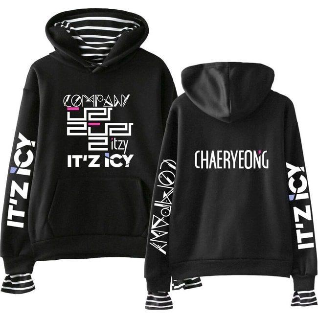 itzy chaeryeong hoodie